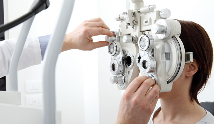 patient eye exam